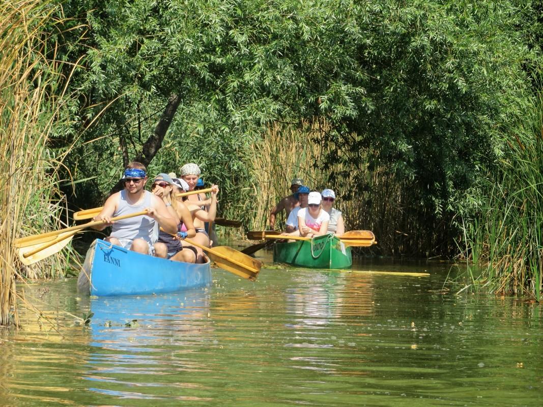 Csapatépítő vízitúra a Soroksári-Dunán