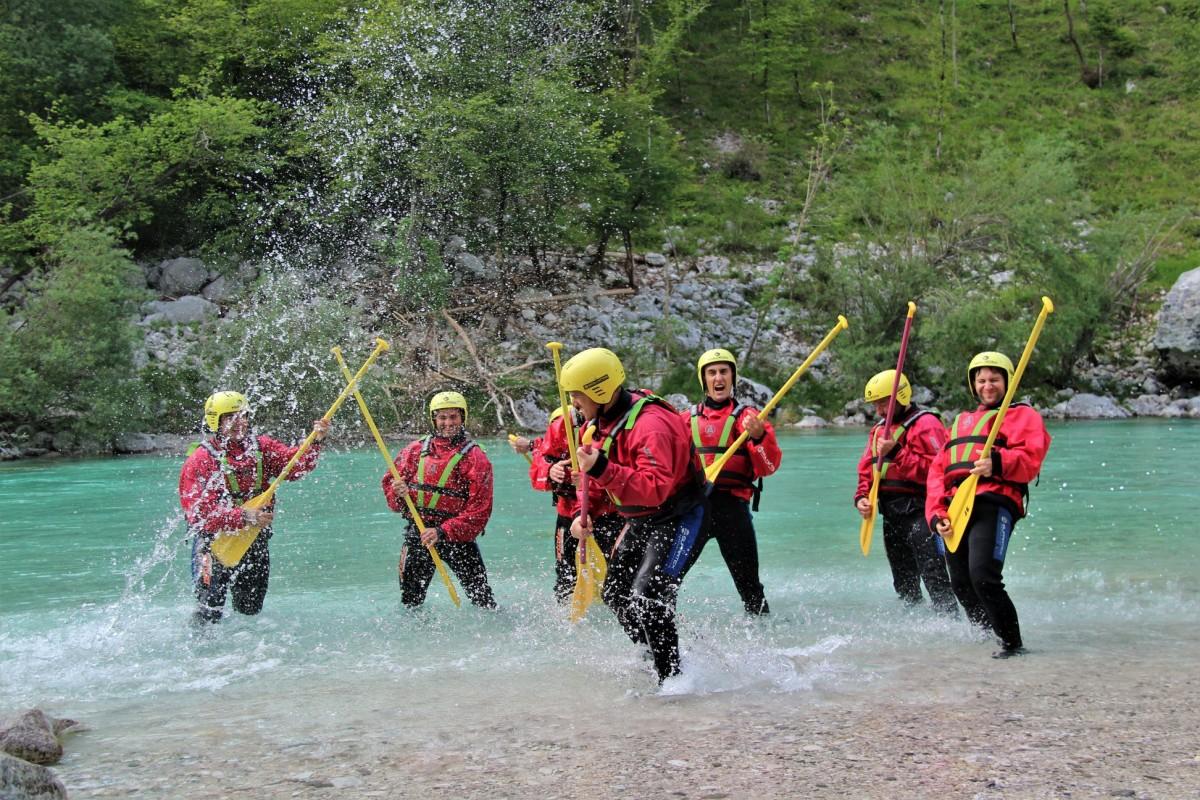 Raftingtúra Szlovéniában -adrenalin csapatépítés